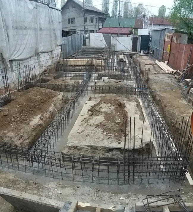 fundatie fier beton plus ciment turnat